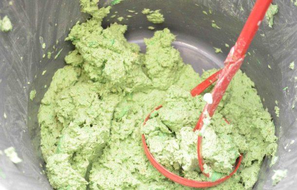 Процесс приготовления смеси для нанесения