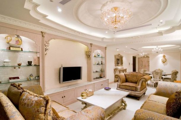 Потолочная конструкция для интерьера в стиле барокко
