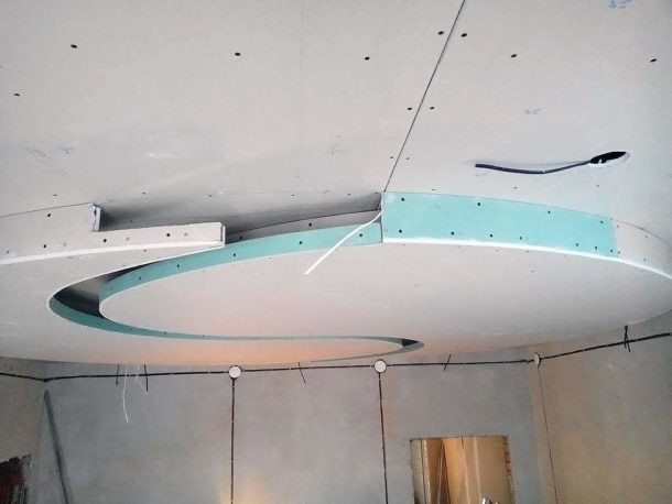 Крепим гипсокартон на потолок
