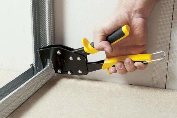 Работа с данным инструментом облегчает монтаж конструкций
