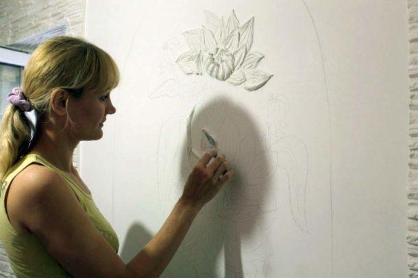 Создание барельефа на поверхности стены