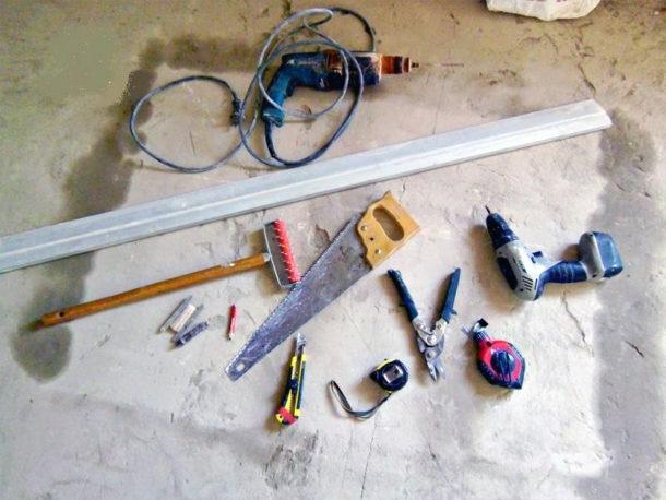 Стандартный набор инструментов для монтажа ГКЛ