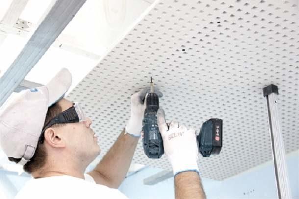 Монтаж акустических плит на потолок