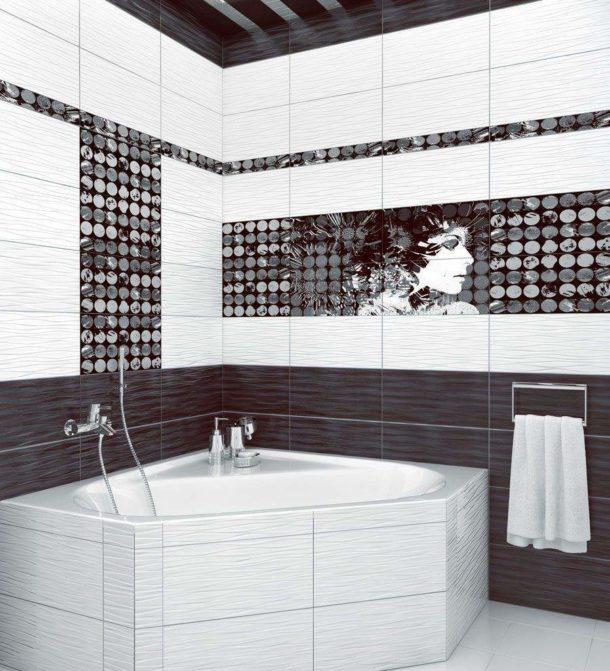 Панно из плитки в ванной в черно-белых тонах