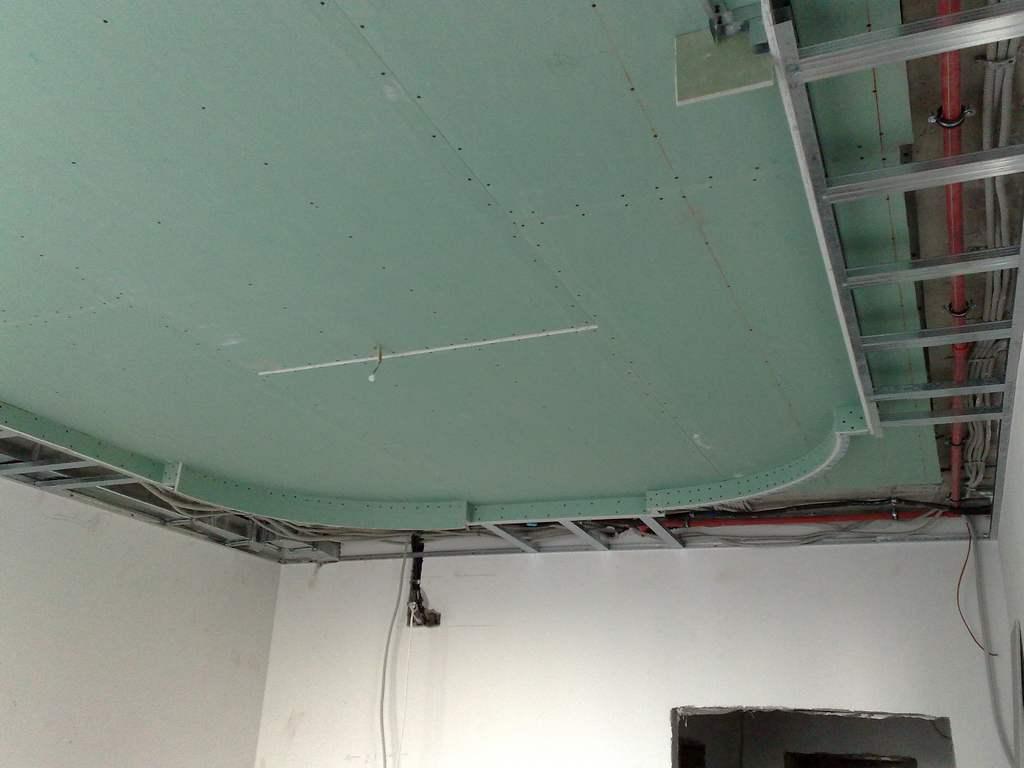 Подвесные потолки из гипсокартона в двух уровнях своими руками