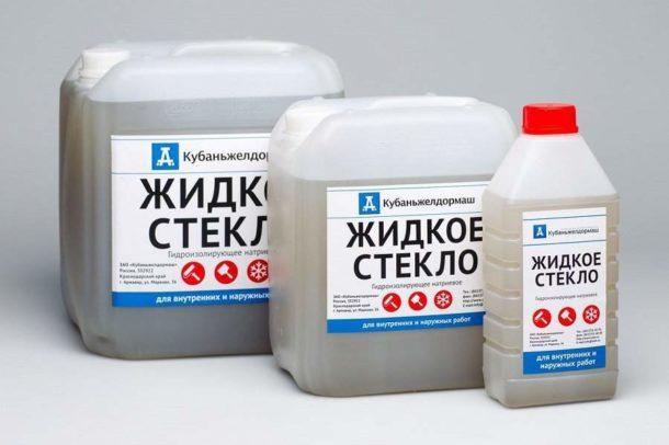 Жидкое стекло - один из компонентов состава для подготовки досок к укладке плитки