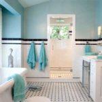 Дизайн светло-голубой ванной