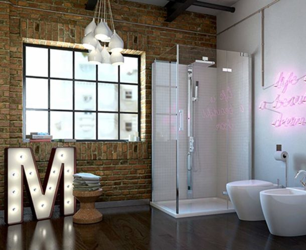 Настоящий лофт в промышленном здании, где ванную от общего помещения отделяет лишь перегородка