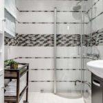 Пример маленькой современной ванной