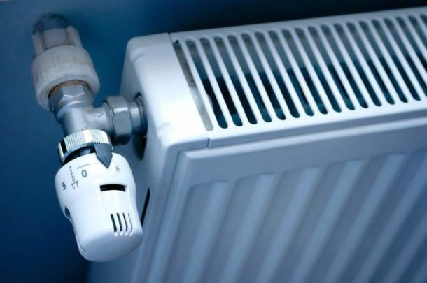 Воздух в радиаторе не только ухудшает отдачу тепла, но и уменьшает срок службы прибора