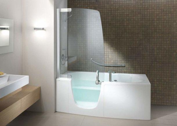 Ванна, объединенная с душевой кабиной