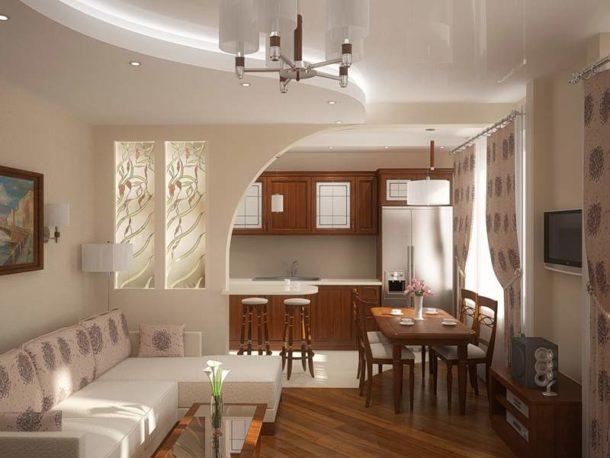 Арка-перегородка с витражами между гостиной и кухней
