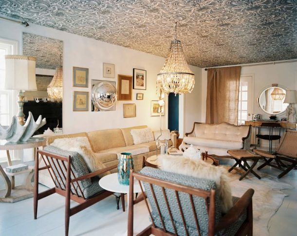 Флизелиновые полотна на потолке