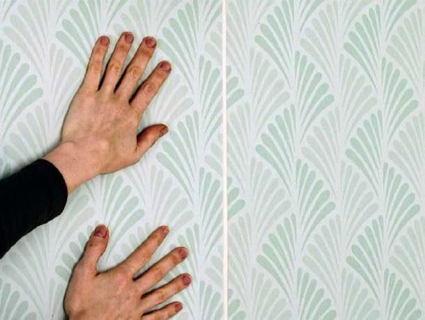 Поклейка листов на подложке из флизелина