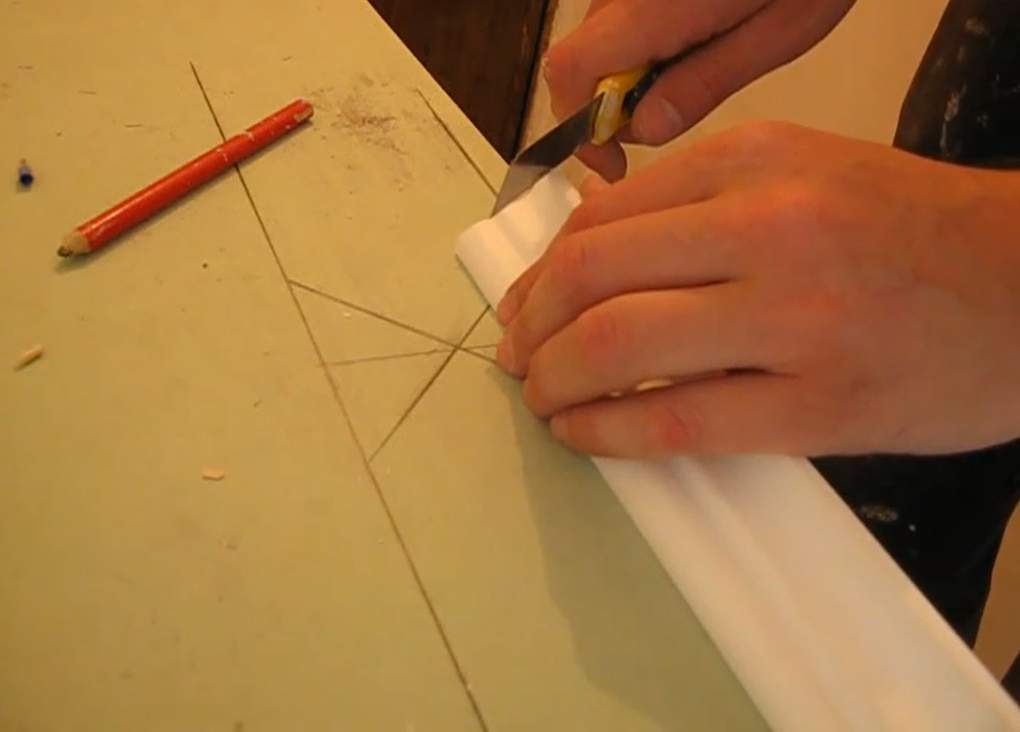 Как начертить стусло своими руками на бумаге