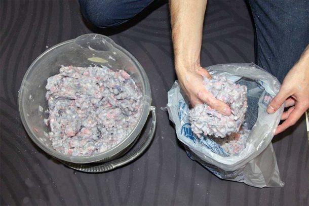 Излишки смеси можно хранить в закрытом пакете несколько недель