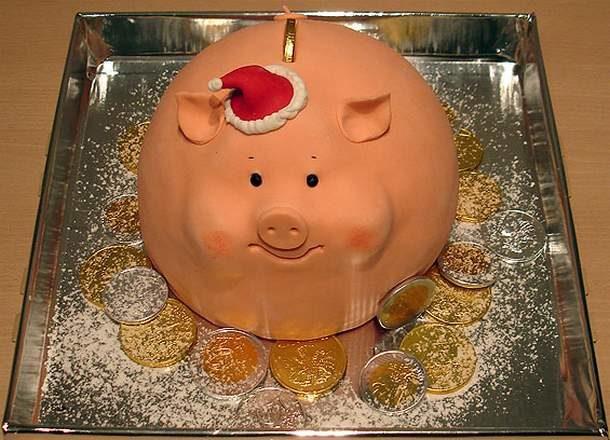 Новогодний торт в виде свинки