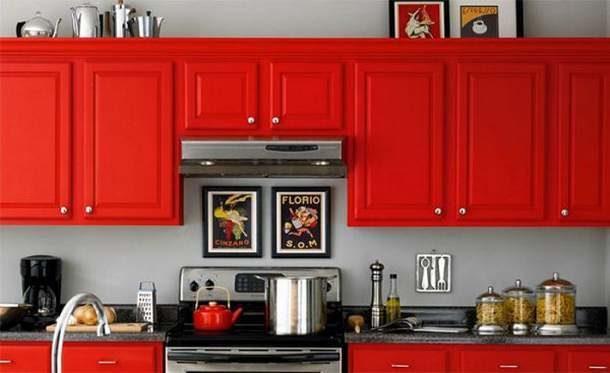 Окрашенная кухонная мебель