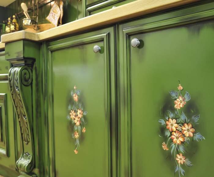 Как обновить кухонный гарнитур своими руками красками фото до и после 67