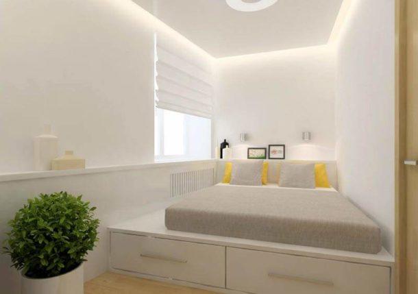 Спальное место в торце длинной узкой спальни