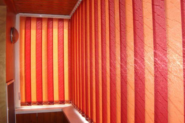 Вертикальные для балкона