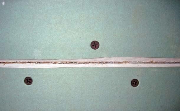 Как наклеить серпянку на гипсокартон: заделываем швы сеткой