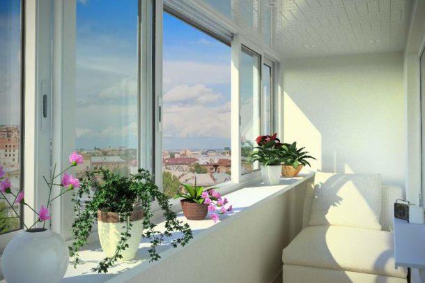 Выбираем окна для балкона и лоджии