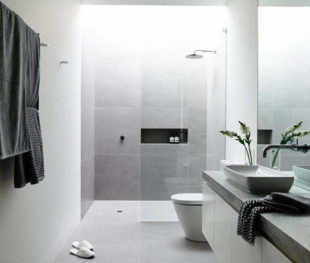 Светло-серая ванная