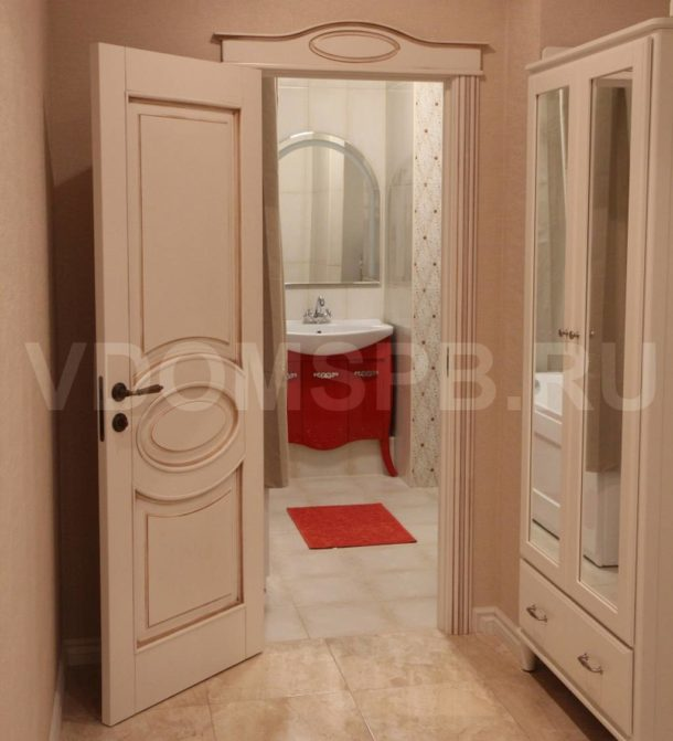 Межкомнатная дверь в ванную и туалет