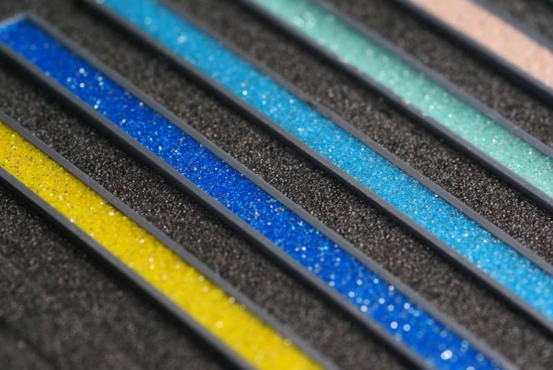 Затирка для плитки как выбрать цвет разновидности и правила выбора затирки для плитки по цвету