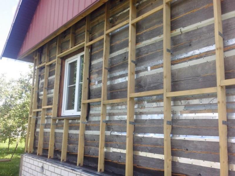 Утепление деревянного дома изнутри особенности укладки разных типов материала для внутренней и наружной поверхности