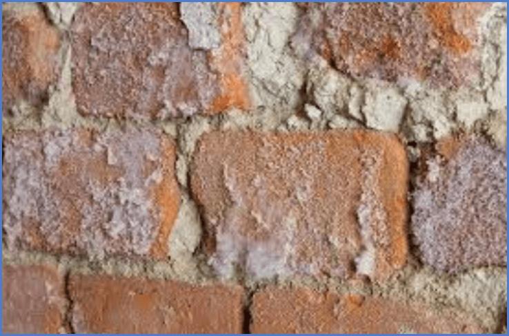 Что следует делать если промерзает стена в кирпичном доме