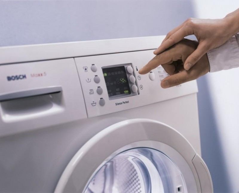 Почему стиральная машина набирает воду и сразу сливает способы ремонта